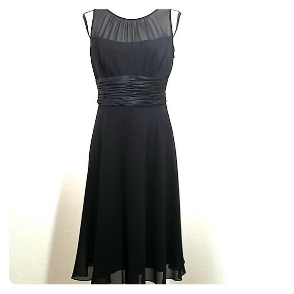 Jones Wear Dresses & Skirts - Jones Wear Black Dress